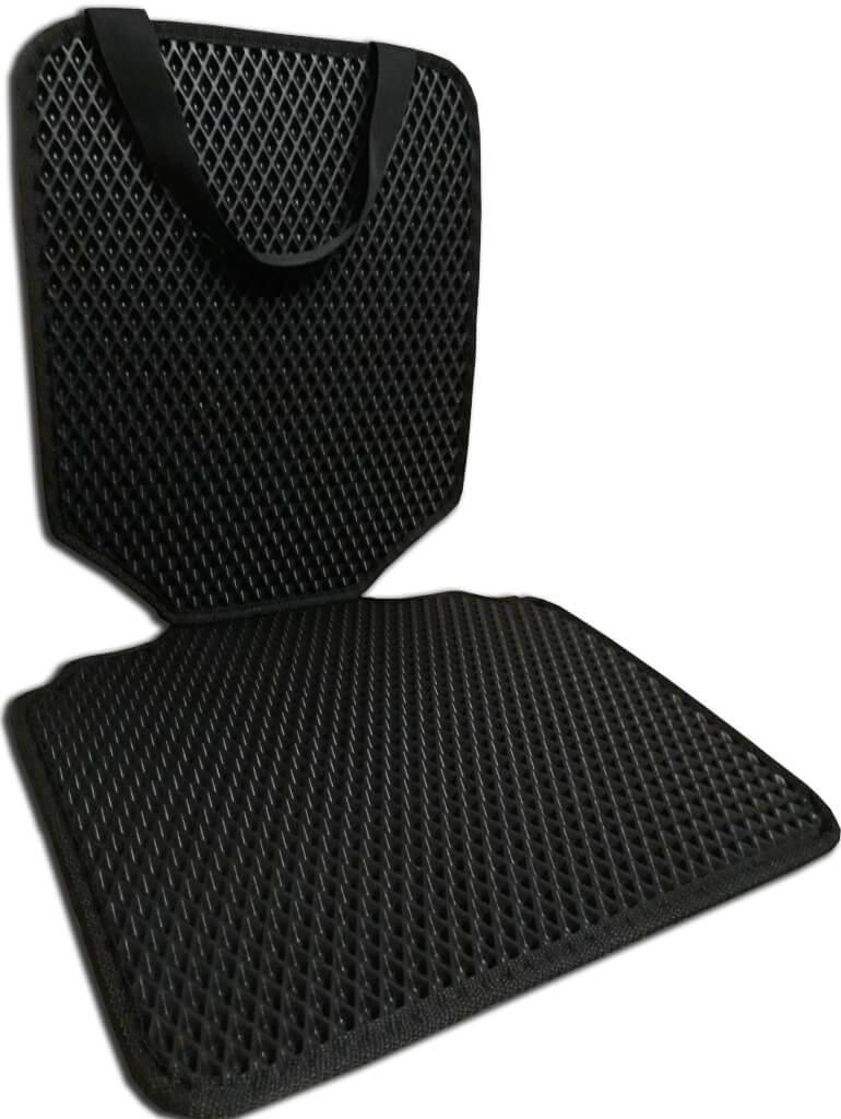 защитный коврик на сиденье автомобиля